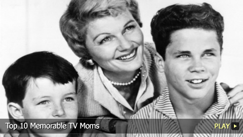 Top 10 Memorable TV Moms