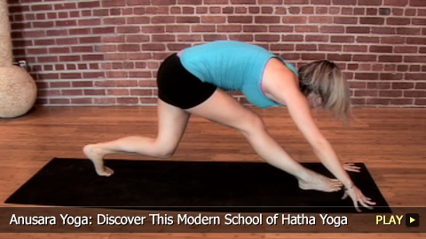 Anusara Yoga: Discover This Modern School of Hatha Yoga