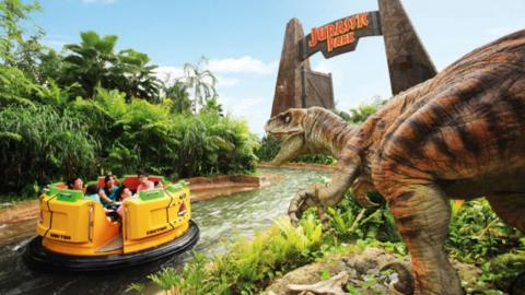 Top 10 Theme Park Attractions