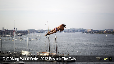 Cliff Diving World Series 2012 Boston: The Twist