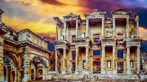 Top 10 Incredible Ancient Ruins