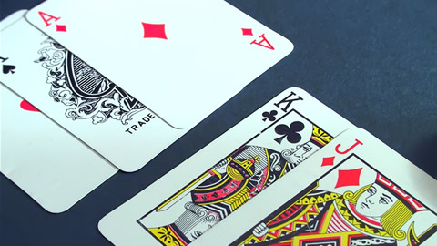 Magic Tricks - Playing Cards: 3 Card Selection