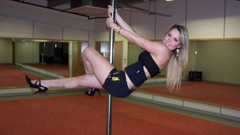 Guide to Pole Dancing - The Class