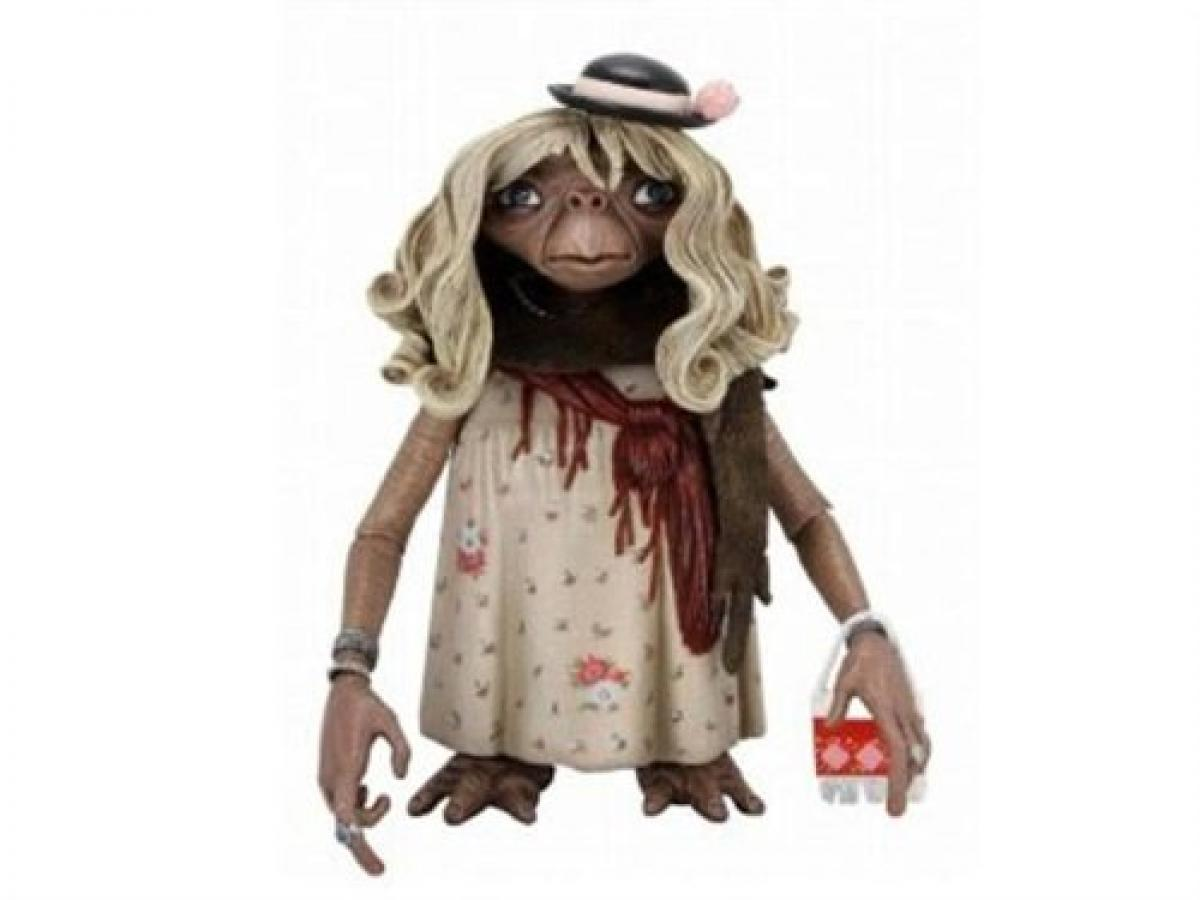 E.T. with purse Action Figure